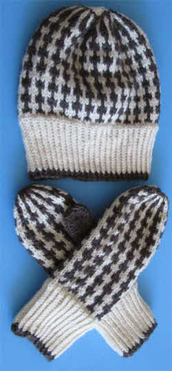 Ashley-brown-squares-hat-set.250