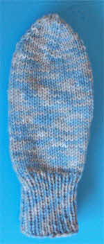 blue-varigated-mitts