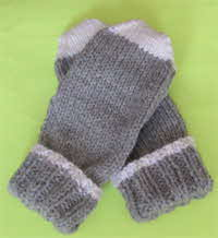 chunky-grey-mitts-200