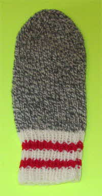ragg-mitts-white-red-cuff-3